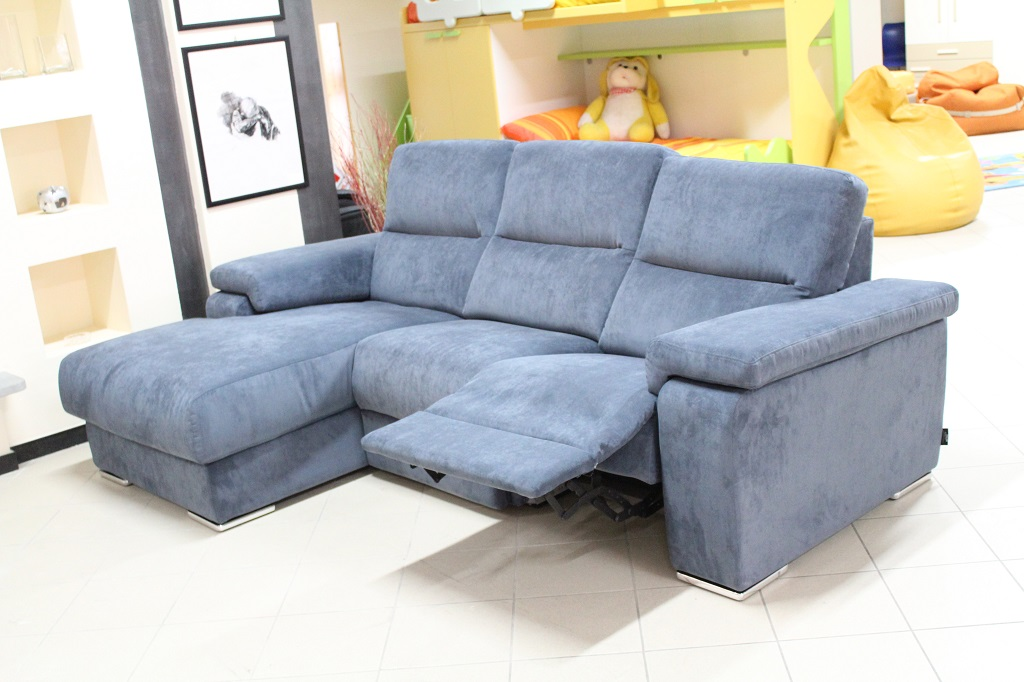 Offerta expo divano eros sconto 40 lorenzelli arredamenti - Divano seduta scorrevole offerte ...