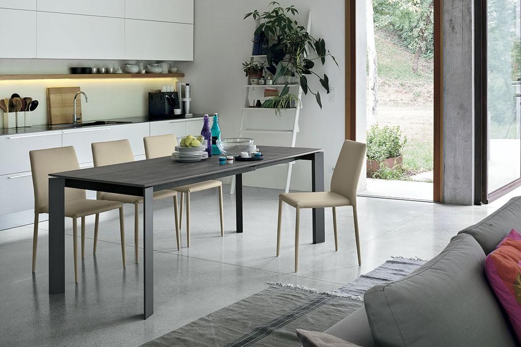 Tavolo saturno lorenzelli arredamenti for Point tavoli